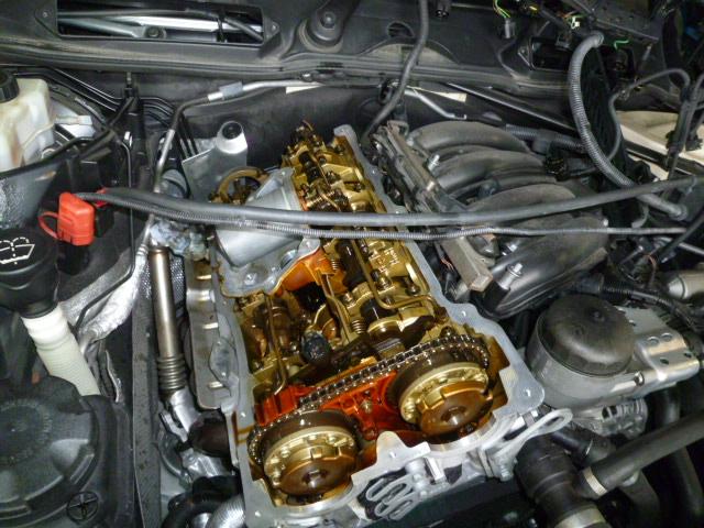 E90 オイル漏れ修理