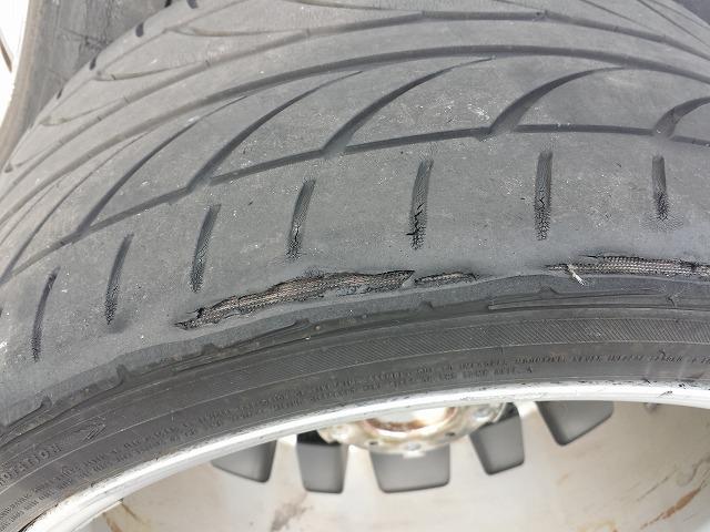 タイヤ内べり